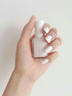 White classyy nails