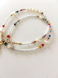 Beaded colourful gold charm necklace/beads and pearl Cute Jewelry, Beaded Jewelry, Beaded Bracelets, Handmade Jewelry Bracelets, Kids Jewelry, Crystal Jewelry, Jewelry Art, Silver Jewelry, Jewellery
