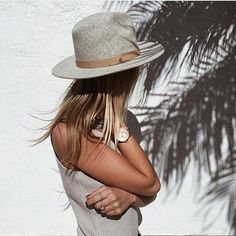 Sun, palm trees and your @klasse14 watch 👌  #mclabels #mclabelstyle #workwithMC #klasse14 #ordinarilyunique #collab #newcollaboration #launch #launchsoon #staytuned #soonavailable #shoponline #shoponmc #mcoutfit #instacool #watch #timepiece #limitededition