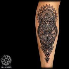 Waden Eulen Dotwork Tattoo von Coen Mitchell