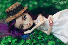 OOAK Ever After High by QuanaP (via Flickr)