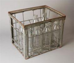 Metalen opengewerkte krat voor melkflessen, twaalfvaks draadkrat