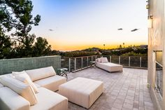 Spectacular Brentwood Residence - 917 Kenter Way Los Angeles, CA 90049