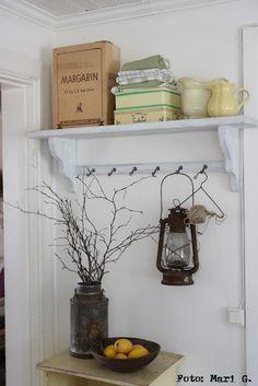 Beautiful arrangement of items.