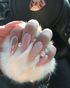 Swarovski crystals Stiletto nails Baby pink nails Long nails Chrome nails Mermaid nails Personally like coffin or square Long Stiletto Nails, Long Nails, My Nails, Fall Nails, Wedding Stiletto Nails, Long Cute Nails, Gliter Nails, Pink Wedding Nails, Lilac Wedding