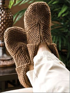 Men's knitted slippers