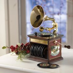 GRAMOPHONE CHRISTMAS MUSIC BOX