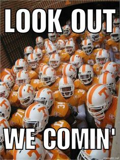 Tennessee Vols football! Nothing better! Tn Vols Football, Tennessee Volunteers Football, Tennessee Football, College Football Teams, Tennessee Titans, Tennesse Volunteers, Tennessee Game, Tn Titans, College Sport