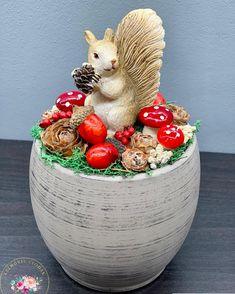 """Kézműves Csodák Műhelye on Instagram: """"Cuki mókus 😍❤️🐿🍁🍂 Magassága 17 cm, átmérője 10 cm Rendeléshez a legfontosabb információkat a Facebook oldalunk első rögzített posztjában…"""""""
