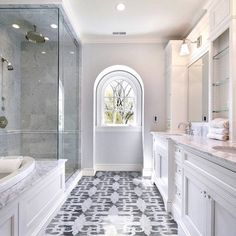 Beautiful Master Bath Design Ideas, Pictures, Remodel, and Decor - page 15