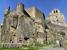 Château de Chalencon, #HauteLoire #Auvergne #France