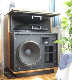 Electrovoice Sentry III.  Around 1978 vintage.  So efficient you could get club level sound with a 20 watt per channel amp.  Shown here with the grille removed.