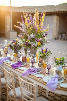 yellow and purple wedding table ideas
