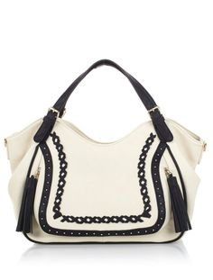 This @bigbuddhabags satchel is a go-to for carrying everything you need, plus it has 3 fabulous colors to choose from!
