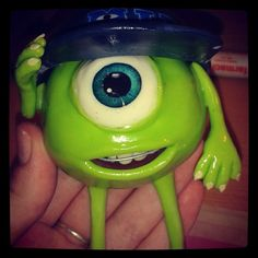 Mike Wazowski Monsters University en porcelana fría