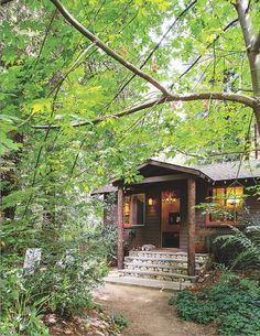 Cabin Getaways to Add to Your Bucket List: Glen Oaks Big Sur