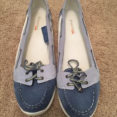 Super cute Rockport Boat shoes. Size 7 Rockport Summer boat shoes. Size 7. Super cute!! Comfy and easy to slip on with a cute pair of shorts or skirt! I ordered the wrong size and couldn't return and I tried to make them work once but my true size is an 8 and I just can't.  Rockport Shoes Flats & Loafers