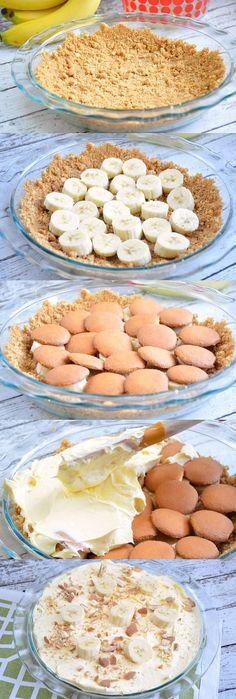 Easy No-Bake Banana Nilla Pie Recipes - This delicious no-bake dessert recipe is perfect for hot summer days! #Pyrex100 #ad