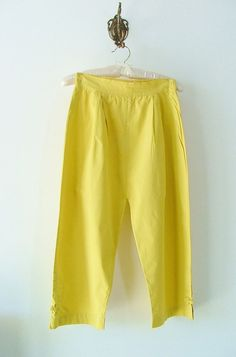Capris 50s / pinup / yellow cotton / summer / by PittiVintage, $39.00