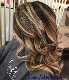 Getting lighter... #balayage #hairpainting #highlights #modernsalon #americansalon #behindthechair #hairbrained #oribe #oribeobsessed #luxurybrandpartners #randco #lorealprofessionnel #lorealpro #ergobrushes #igotbeachwaved #ilovebernardsvillenj #bernardsville #mendham #chester #instahair #crafthairdresser #crafthairstudionj #btconeshot_hairpaint16