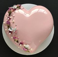 5 OR Amazing heart cake with mirror glaze by Its so glamour! Perfect cake for valentine day. Pretty Cakes, Beautiful Cakes, Amazing Cakes, Pink Sweets, Mirror Glaze Cake, Mirror Glaze Wedding Cake, Heart Cakes, Mousse Cake, Fancy Cakes
