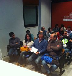 Vivobox Experiencias http://www.tintavisual.com/3-suits-asturias-networking-del-bueno/
