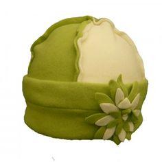 Ensemble polaire couleur anis : http://www.bonnet-casquette.fr/fr/bonnets-enfants/276-ensemble-minette-anis.html