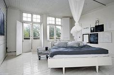 Wit geschilderde slaapkamer