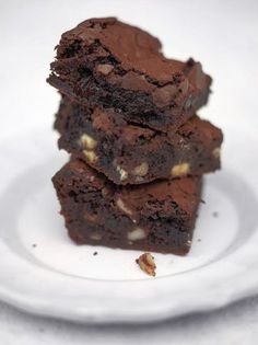 Jamie Oliver Bloomin' brilliant brownies Made with sumptuous dark chocolate, nuts and sour cherries Nutella Brownies, Coconut Flour Brownies, Best Brownies, Paleo Brownies, Cherry Brownies, Torte Nutella, Orange Brownies, Gooey Brownies, Desert Recipes