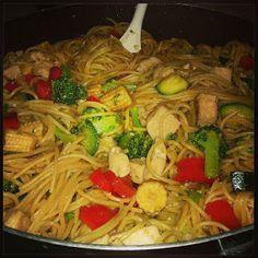 simply delish recipes!: Easy Chicken Lo Mein