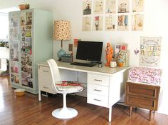 ayra:  tidy office space