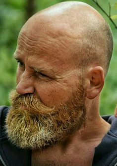 Bald Men With Beards, Bald With Beard, Grey Beards, Modern Beard Styles, Beard Styles For Men, Hair And Beard Styles, Goatee Beard, Beard Haircut, Moustache