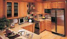 Merillat Masterpiece® Landis in Maple Ginger with Sable Glaze - Merillat