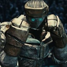 Atom a robot from Real Steel who was found in the junkyard and repaired by Max& Charlie. Name: Atom Evangeline Lilly, Armadura Ninja, Boxing Images, Robots Drawing, Boy Drawing, 2011 Movies, Real Steel, Movie Wallpapers, I Movie