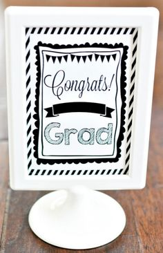 Congrats grad printable from Crafts Unleashed