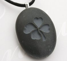 Four-leaf clover pendant - Tiny PebbleGlyph (C) - Engraved beach stone necklace