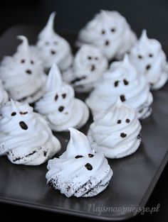 Duchy, duszki, Halloween, bezy, dla dzieci, Ghosts and bones, ghosts, meringues, for children (najsmaczniejsze.pl)
