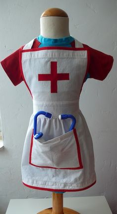 Sewing Projects For Kids, Sewing For Kids, Diy For Kids, Fancy Dress For Kids, Kids Dress Up, Baby Kids Clothes, Diy Clothes, Kids Doctor Kit, Carnival Dress