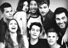 I think this is such a cute picture of the season 3 cast of Teen Wolf. This cast will always be my favorite ❤️❤️