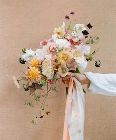 42 Beautiful Bouquets for the Fine Art Bride Bride Bouquets, Bridesmaid Bouquet, Floral Bouquets, Floral Wedding, Wedding Flowers, Evergreen Flowers, Pastel Bouquet, Silk And Willow, Rose Photography