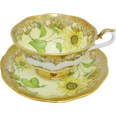 Sunflower Cottage •~• vintage teacup & saucer