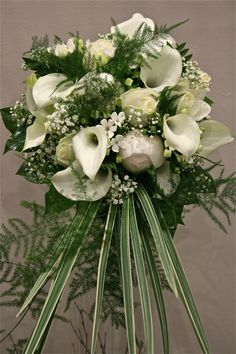 White wedding flowers. Why not have your hen weekend in Puerto Banus, Spain with Hen Marbella?