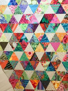 Scrappy Quilts, Easy Quilts, Quilting, Hexagon Quilt, Triangle Quilts, Triangles, Scrap Quilt Patterns, String Quilts, English Paper Piecing