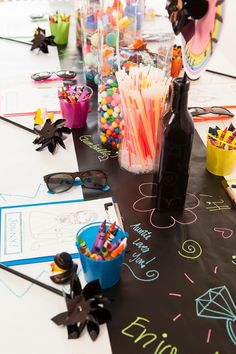 Check out this awesome colorful diy idea for a kids table at a wedding!