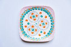 Bordje met roze en groen- Bordje met stippen- porcelain- polkadots- http://www.mylucie.com