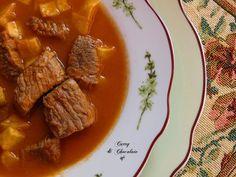 Ternera en salsa con patatas fritas - Beef stew