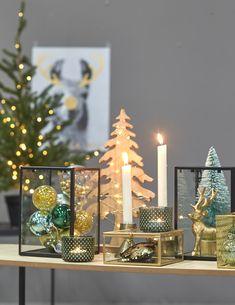 Wanneer je kiest voor (kerst)decoratie met een gouden randje haal je direct een feestelijke sfeer in huis! #kerstmis #kerst #kerstdecoratie #goud #kwantum Classy Christmas, Black Christmas, Cozy Christmas, Christmas 2019, All Things Christmas, Christmas Centerpieces, Xmas Decorations, Decorating Blogs, Jingle Bells