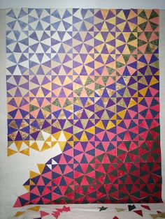 Quilt Inspiration: Straight piecing patterns that appear curved: Snail's Trail and Kaleidoscope