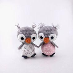 PATTERN: Ollie and Opal - Crochet owl pattern - amigurumi owl pattern - crocheted owl pattern - owl amigurumi - PDF crochet pattern by TheresasCrochetShop on Etsy https://www.etsy.com/listing/238018025/pattern-ollie-and-opal-crochet-owl