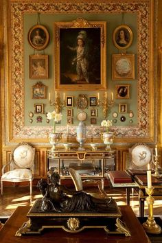 Palace Interior, Interior And Exterior, Exterior Colors, Victorian Rooms, Maximalist Interior, Antique Interior, Interior Decorating, Interior Design, Decorating Blogs